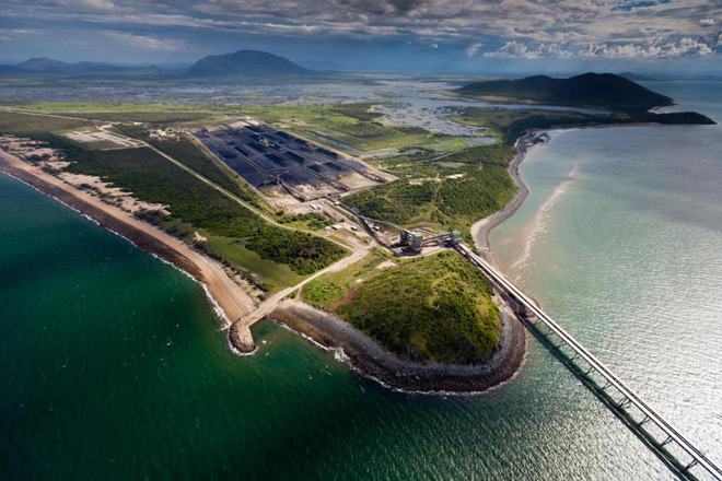 The Abbot Point Coal Terminal © Tom Jefferson