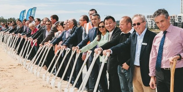 100 people, 100 shovels at Wentworth Point bridge ceremony