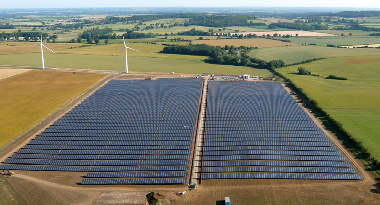 Westmill Solar Park. Photo: Neil Maw, Westmill Solar Co-operative