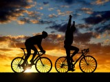 silhouette-of-two-cyclists