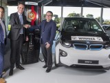 minister-of-transport-simon-bridges-bmw-group-new-zealand-ceo-florian-r