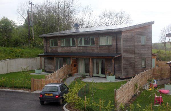 Lithium slab house