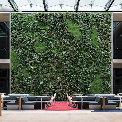 sustainable buildings, Bloomberg HQ
