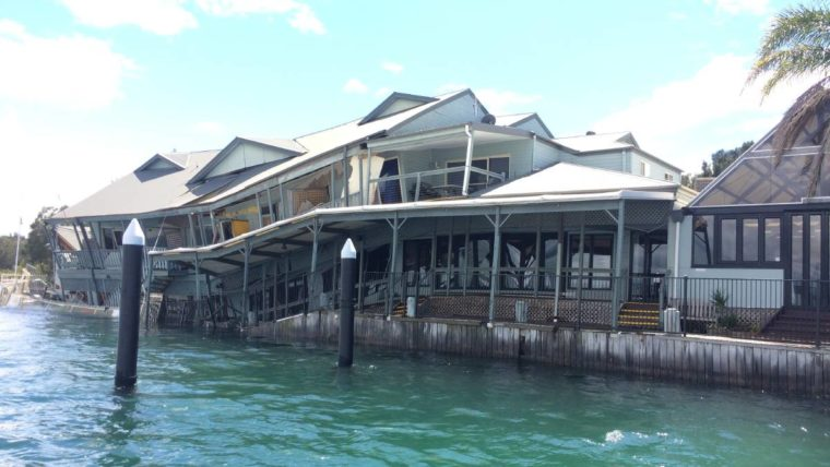 Lake Macquarie restaurant collapse