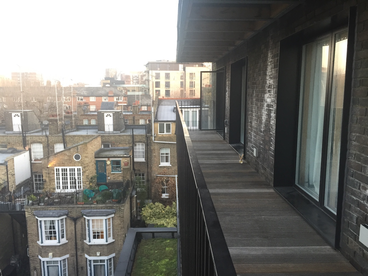 london green apartment